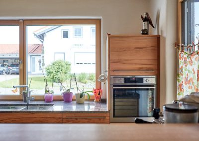 Massivholzküche Holzfenster