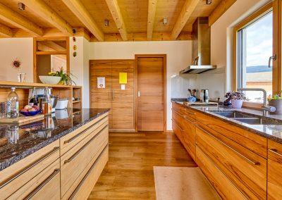 Einbauküche Massivholztür