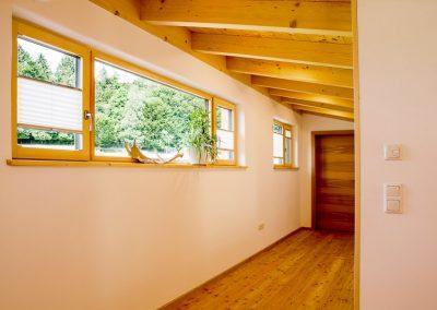 Pultdach Flur Obergeschoss Massivholz Boden Tür
